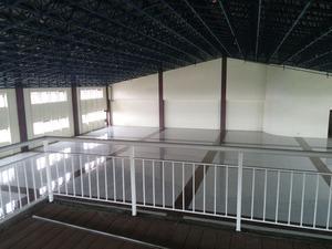 20140604 屋上にある多目的ホール